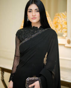 Sarah Khan Misses Her Mother On Valentines Day 4 820x1024 1 238x297 1