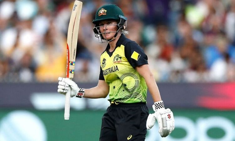 Beth Mooney emerges as the new T20I No.1 Batter, Smriti Mandhana jumps to 3rd