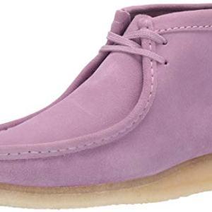 Clarks Men's Wallabee Boot Chukka, Lavender Suede