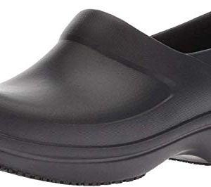 Crocs Women's Slip-resistant Work and Nursing Shoes