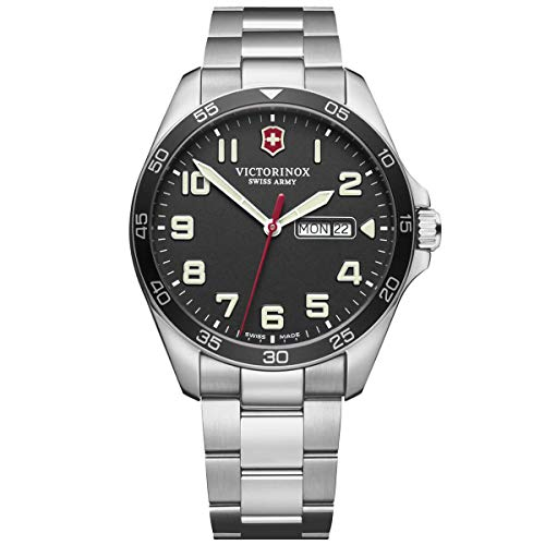 Victorinox Men's Fieldforce Analog Quartz Watch with Stainless Steel Strap
