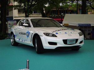 Mazda_RX8_hydrogen_rotary_car_1