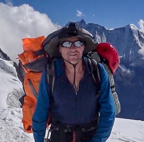 Инструктор школы альпинизма в Гуамке
