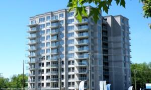 Tour Axial, condos à vendre et appartements à louer, Laval, Chomedey