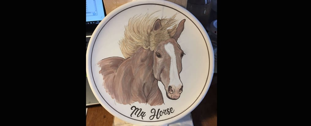 Your horse painted on a plate 1