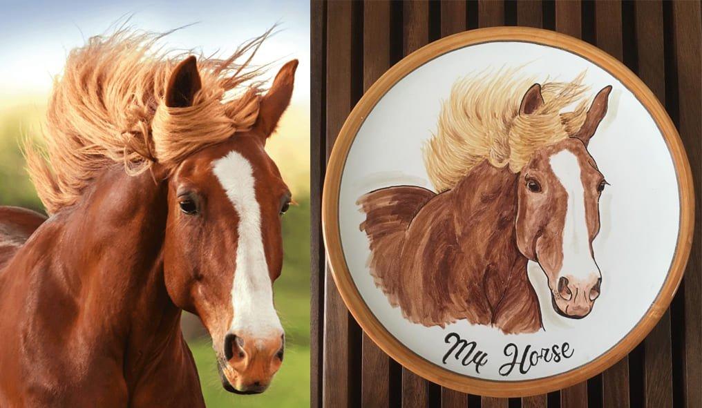 Il suo cavallo dipinto in un piatto di maiolica