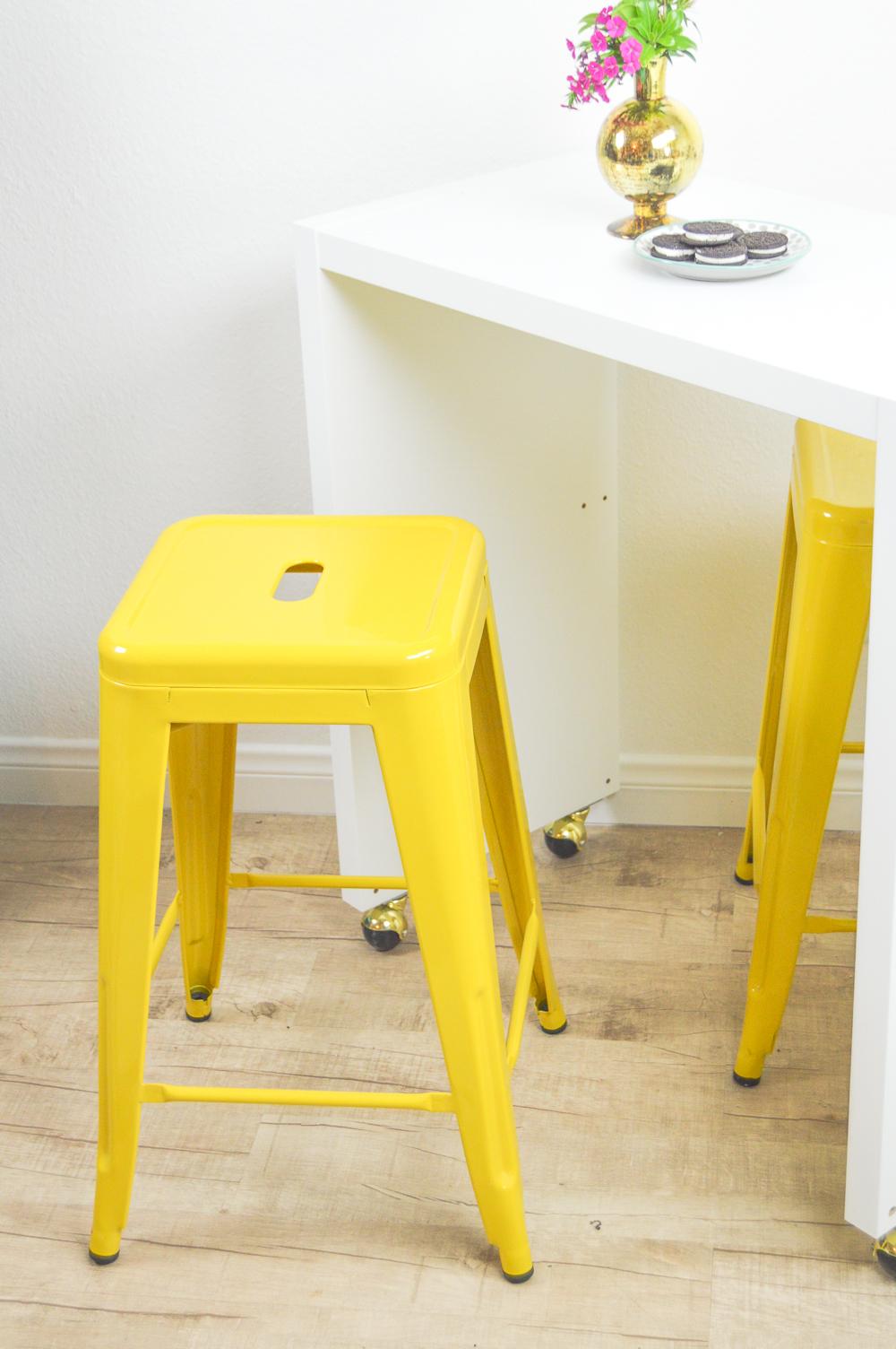 Kitchen Cabinets Design For Small Fresh Kitchen Island