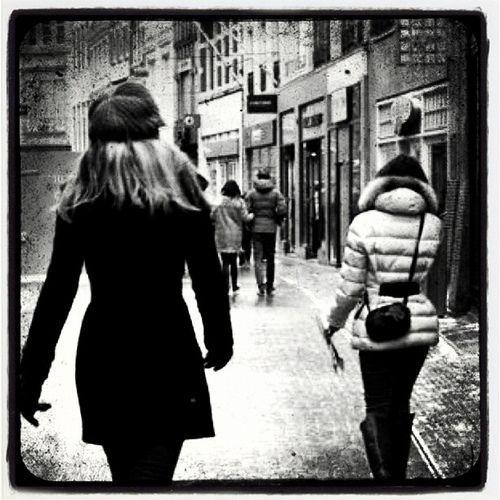 Walk, por Pascal Maramis