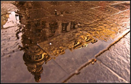 Madrid-Reflection, Spain (2012), por Alberto Carrasco Casado