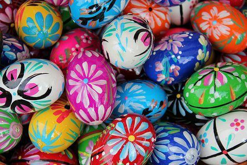 Malowane jajka Easter Eggs, por praktyczny.przewodnik