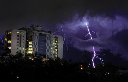 Electrical storm over Brisbane, por Richard Fisher