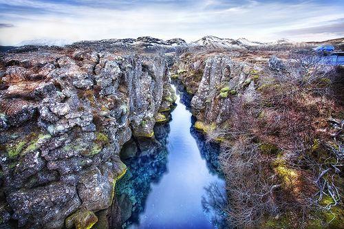 Rift Zone Stream, Þingvellir (Thingvellir) National Park, Iceland, por Christopher Schoenbohm