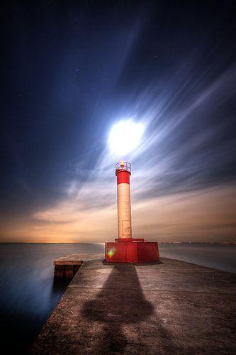 Let the moon light the Way (EXPLORED), por John Ryan