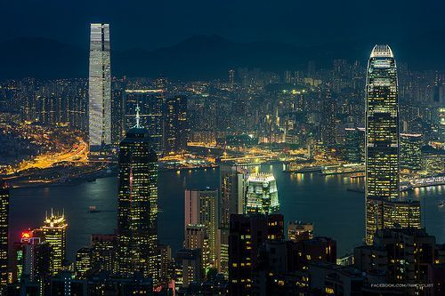 fotografiar edificios por la noche