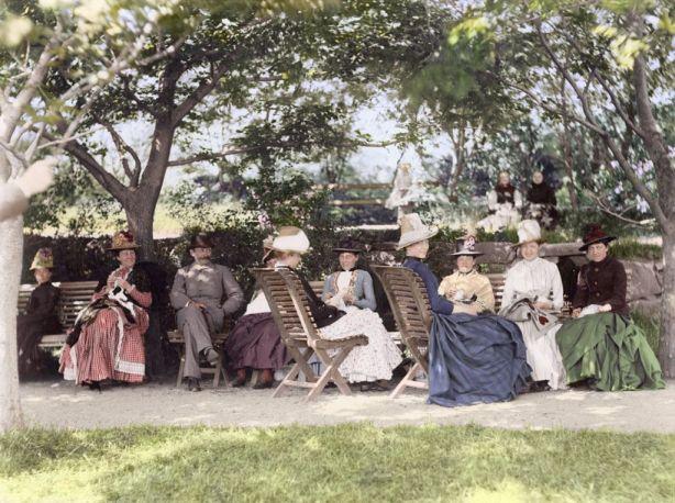 Un día en un parque sueco 1890, por mygrapefruit