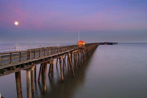 Walton Pier by Moonlight, por Christian Davies