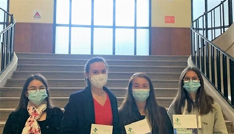 Les étudiants formés à détecter des troubles mentaux chez leurs pairs