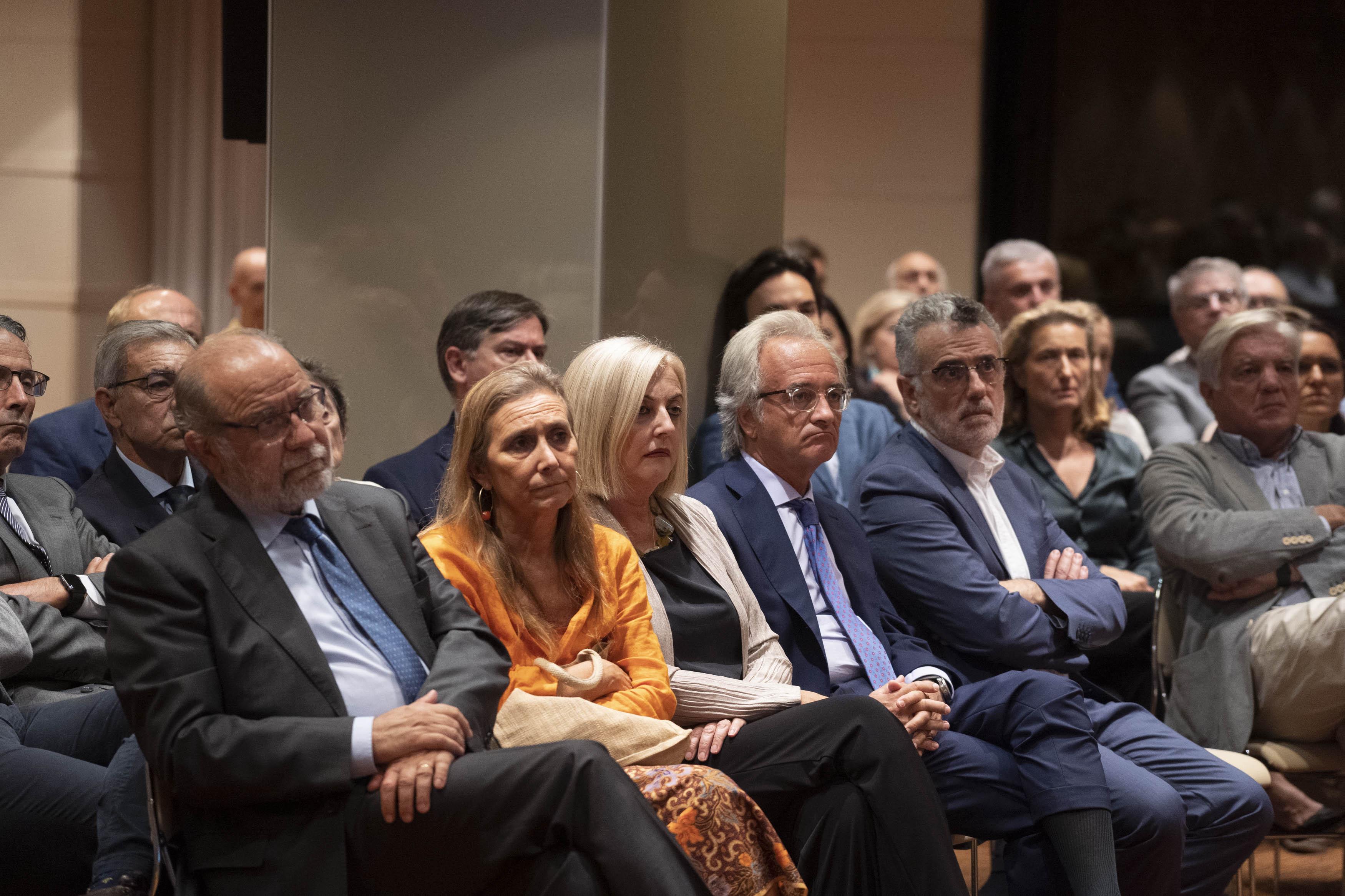 El presidente del Real Instituto Elcano inaugura la temporada del Club de Encuentro XII