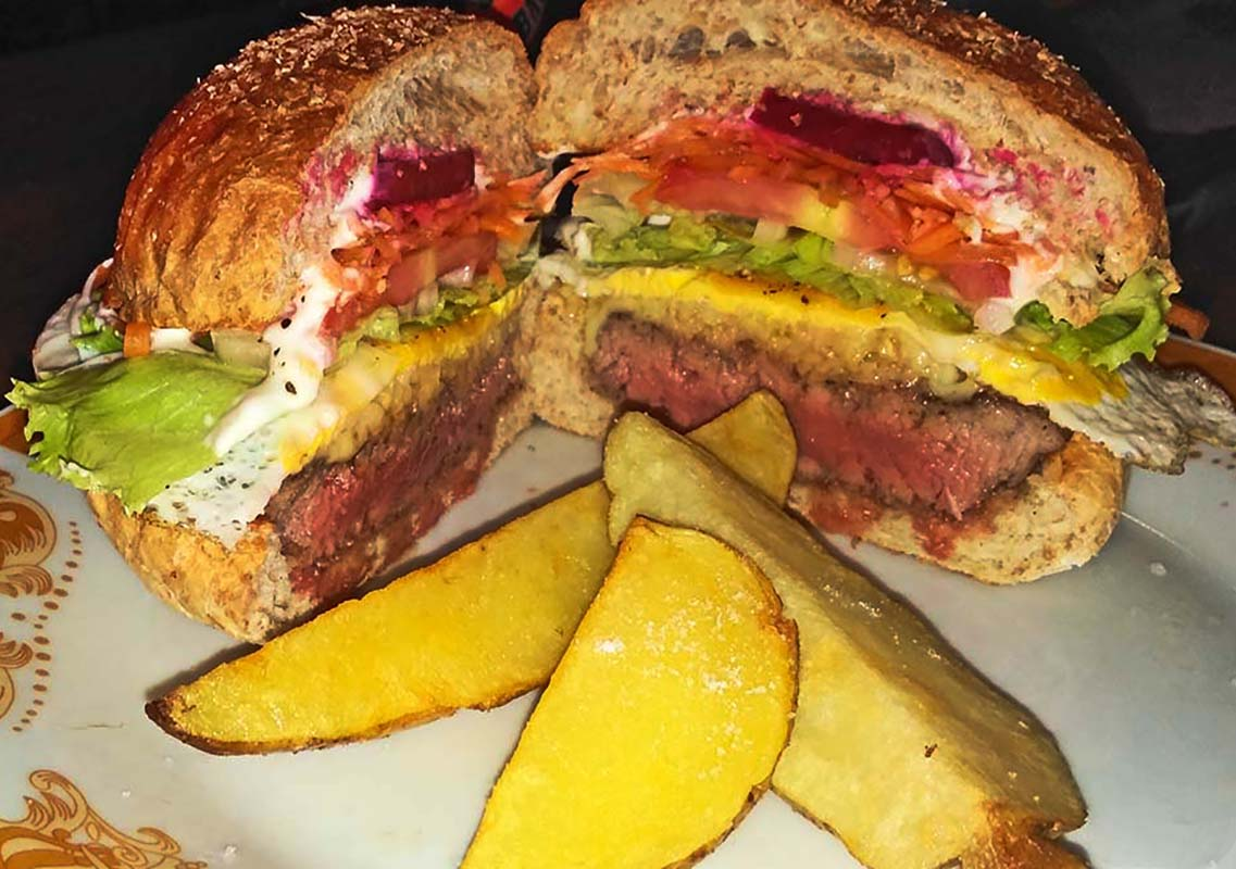 Clubhouse Steak Bar & Grill Beef Burger