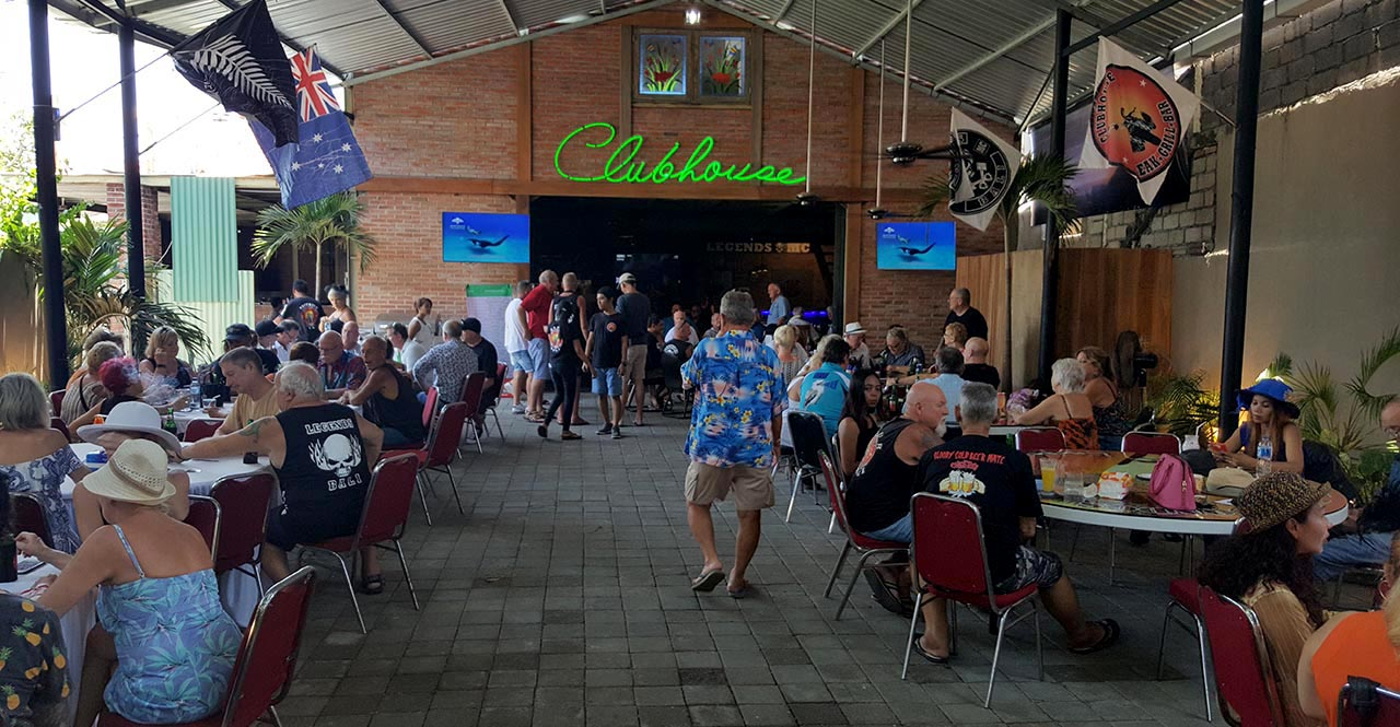 Clubhouse Bali Full House Sports Bar Steakshoue Sanur