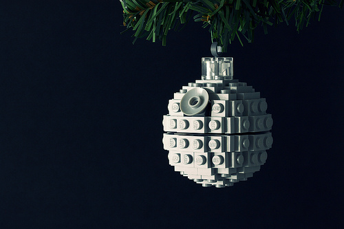 Build It Yourself: Death Star Ornament by Chris McVeigh (powerpig @ Flickr)