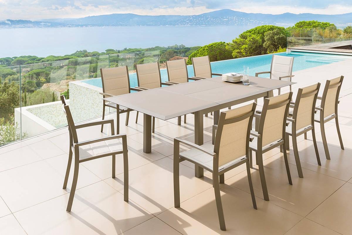 Table De Jardin Extensible 200/260cm En Aluminium Et 8 Fauteuils En  Textilène