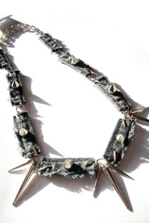 Grey Spiked Necklace 2