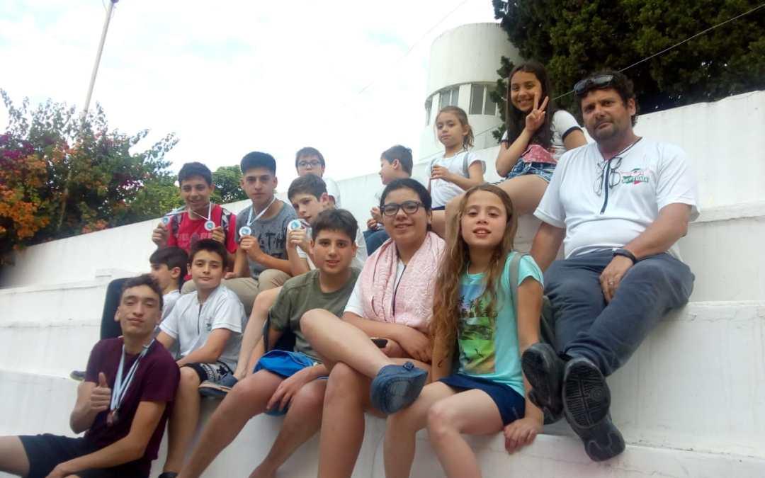 Exitosa participación para Neptunia natación en Paraná