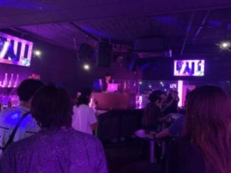 四国・香川で人気のクラブ、DJBARは「SHOCK - ショック」高松随一のミュージックバー