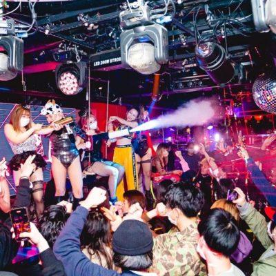 クラブバニー大阪のシステム、料金、ドレスコード、年齢確認、未成年の入場について