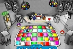 Club Penguin History ( all the way back to Penguin Chat 3! )  (1/6)