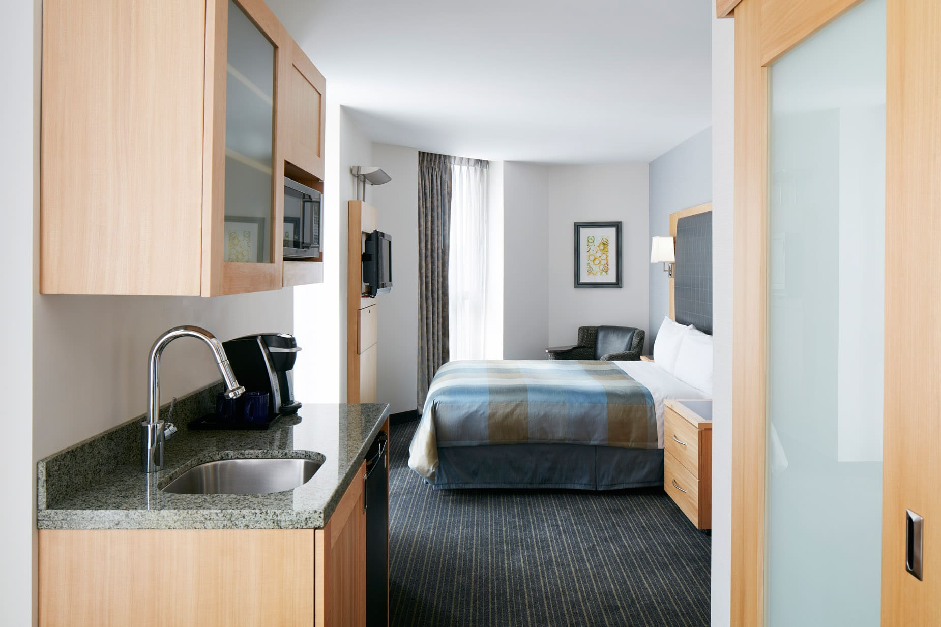 hotel with kitchen in room sharp knives club quarters world trade center lower manhattan