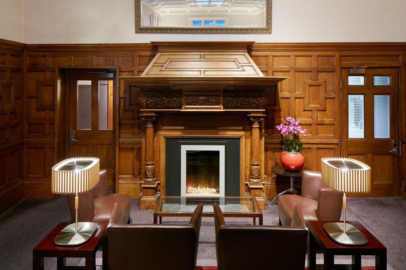 Club Quarters Hotel Trafalgar Square  Business Hotel in