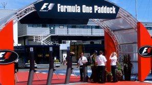 janna_formula_one_paddock_silverstone