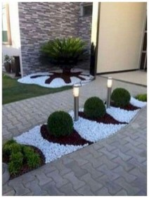 Comfy Front Yard Pathways Landscaping Ideas You Must Know18
