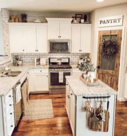 Cozy Farmhouse Kitchen Design Ideas To Try Asap29