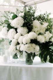 Stylish Lower Arrangements Ideas For Table Decorating15