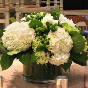 Stylish Lower Arrangements Ideas For Table Decorating33