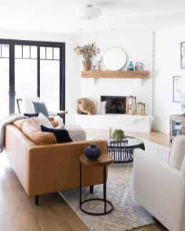 Adorable Black Living Room Ideas That Looks Cool35