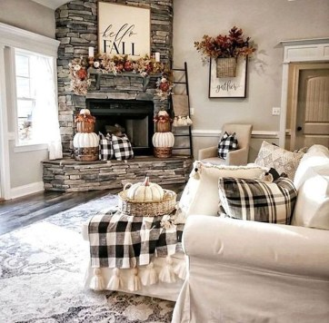 Amazing Fall Living Room Decorating Ideas To Try Asap23