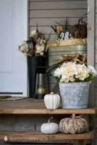 Stunning Fall Home Decor Ideas With Farmhouse Style02