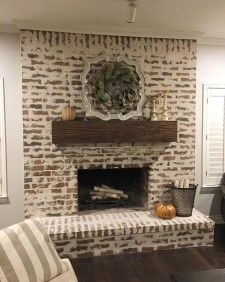 Wonderful Fireplace Makeover Ideas For Fall Home Décor14