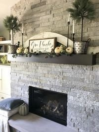 Wonderful Fireplace Makeover Ideas For Fall Home Décor19