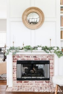 Wonderful Fireplace Makeover Ideas For Fall Home Décor29
