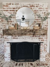 Wonderful Fireplace Makeover Ideas For Fall Home Décor34