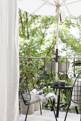 Charming Balcony Design Ideas For Summer31