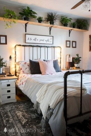 Cute Bedroom Makeover Design Ideas To Try Asap35