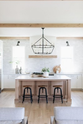 Excellent Farmhouse Interior Design Ideas To Try Right Now25