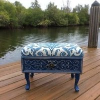 Extraordinary Old Furniture Ideas To Beautify The Decor43