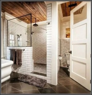 Fascinating Farmhouse Master Bathroom Remodel Ideas To Have Now02